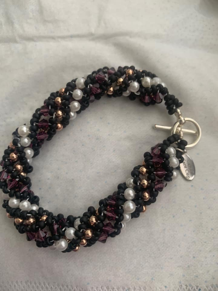 Beaded Bracelet Purple & Black