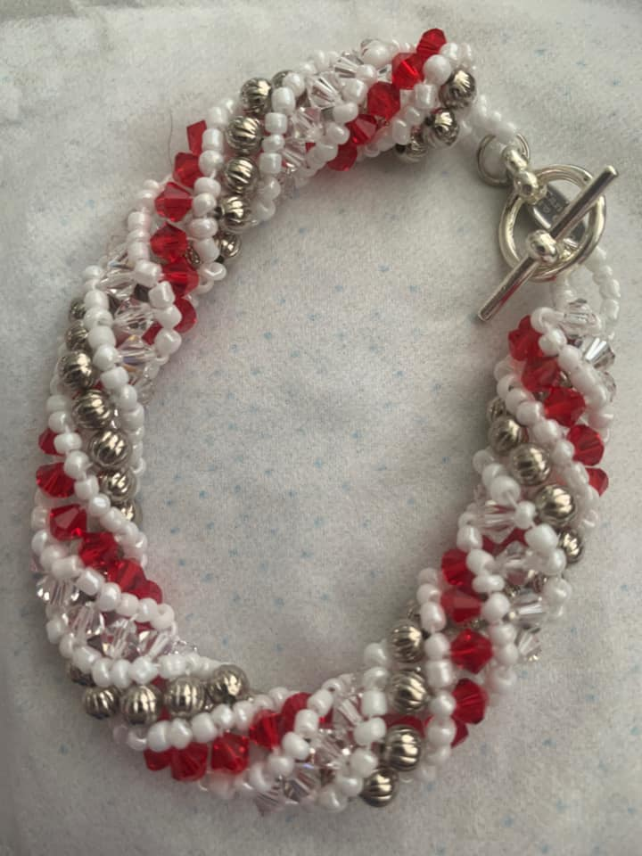 Beaded Bracelet Red & White